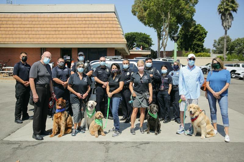 VIP Dog Teams visits police to say THANK YOU!