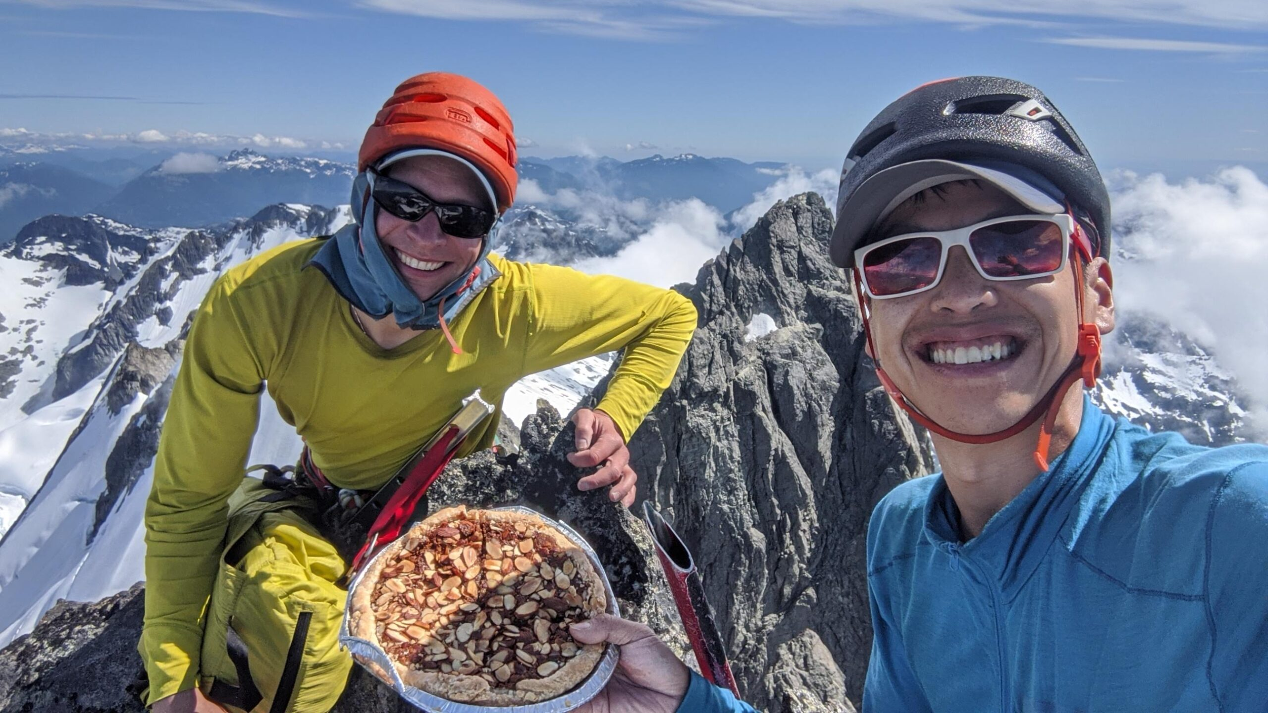 Fast and Light Al-pie-nism: A Traverse of the Tantalus Range