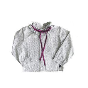 Blusa cinta en el cuello