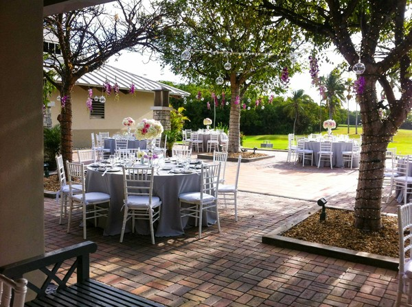 crandon park outdoor wedding 2