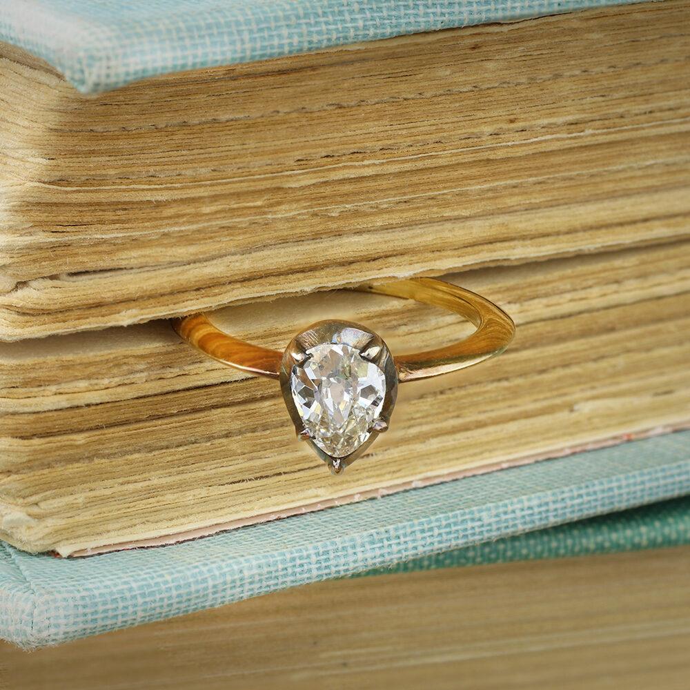 Old Cut Pear Shaped Diamond Ring