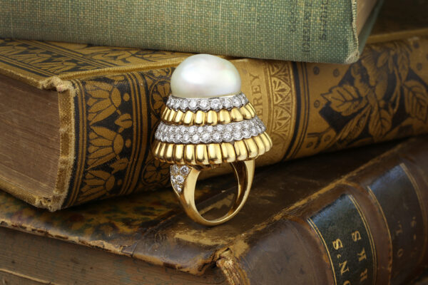 Van Cleef And Arpels Cultured Pearl And Diamond Ring