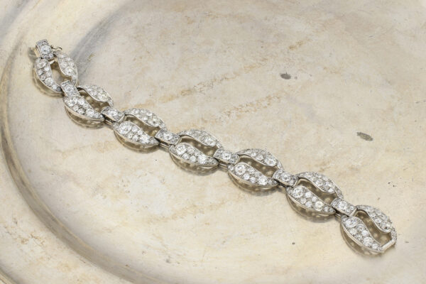 Cartier Art Deco Diamond And Platinum Bracelet» Price On Request «