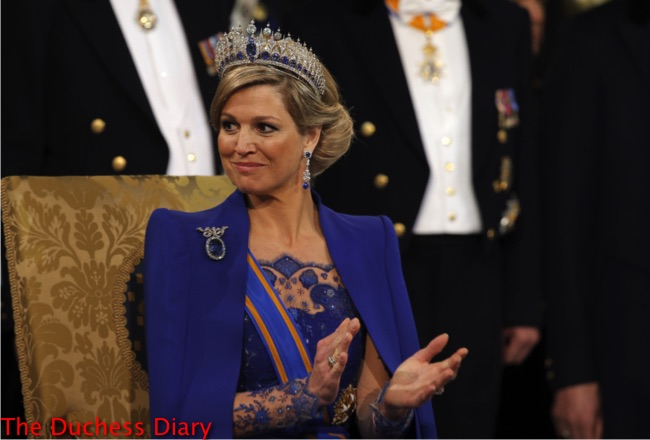 queen maxima blue outfit dutch inauguration