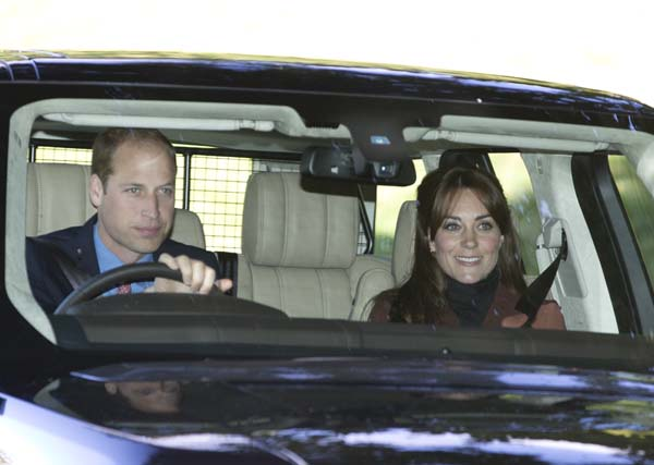 Kate Middleton Bangs Range Rover Prince William