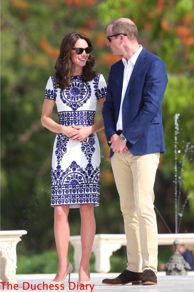 prince william chats kate middleton naeem khan dress taj mahal