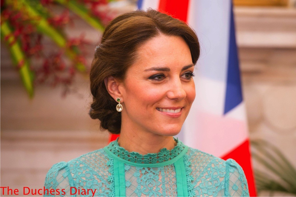 kate middleton kiki mcdonough earrings prime minister meeting