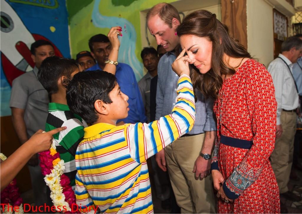 prince william kate middleton greeted tilak charity salaam baalak