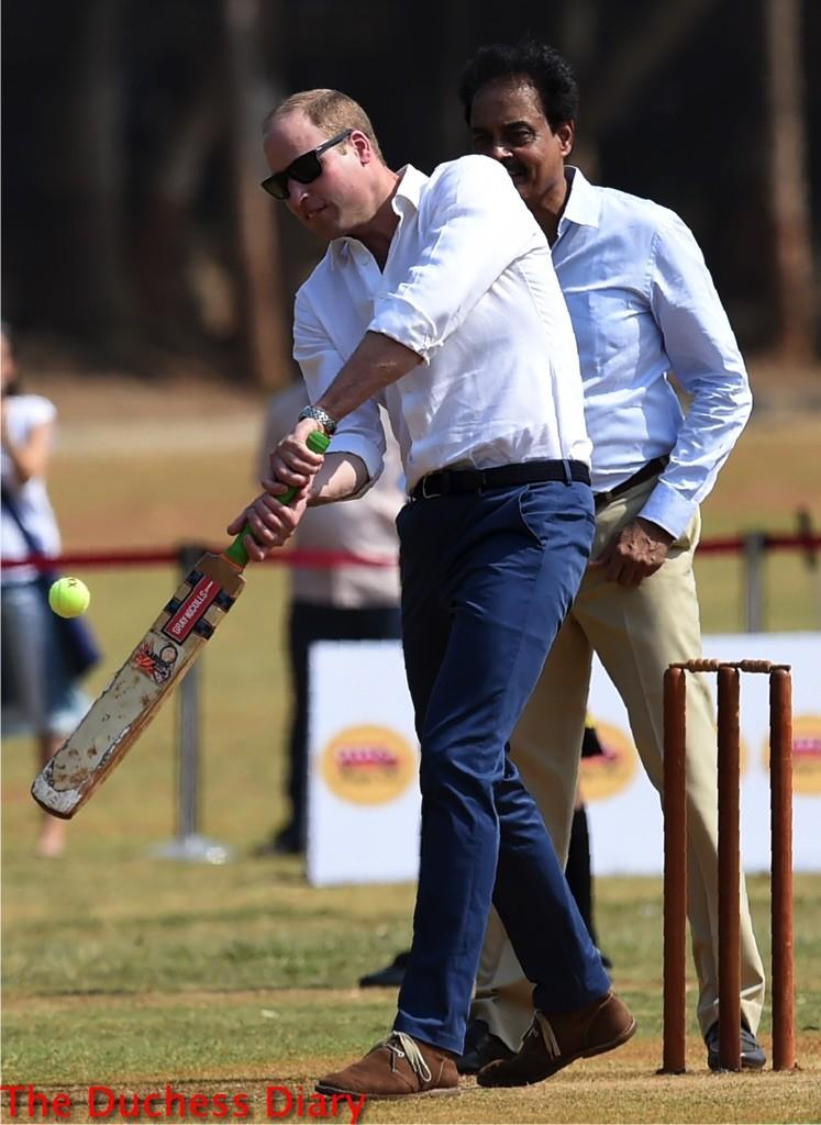 prince william plays cricket dubai