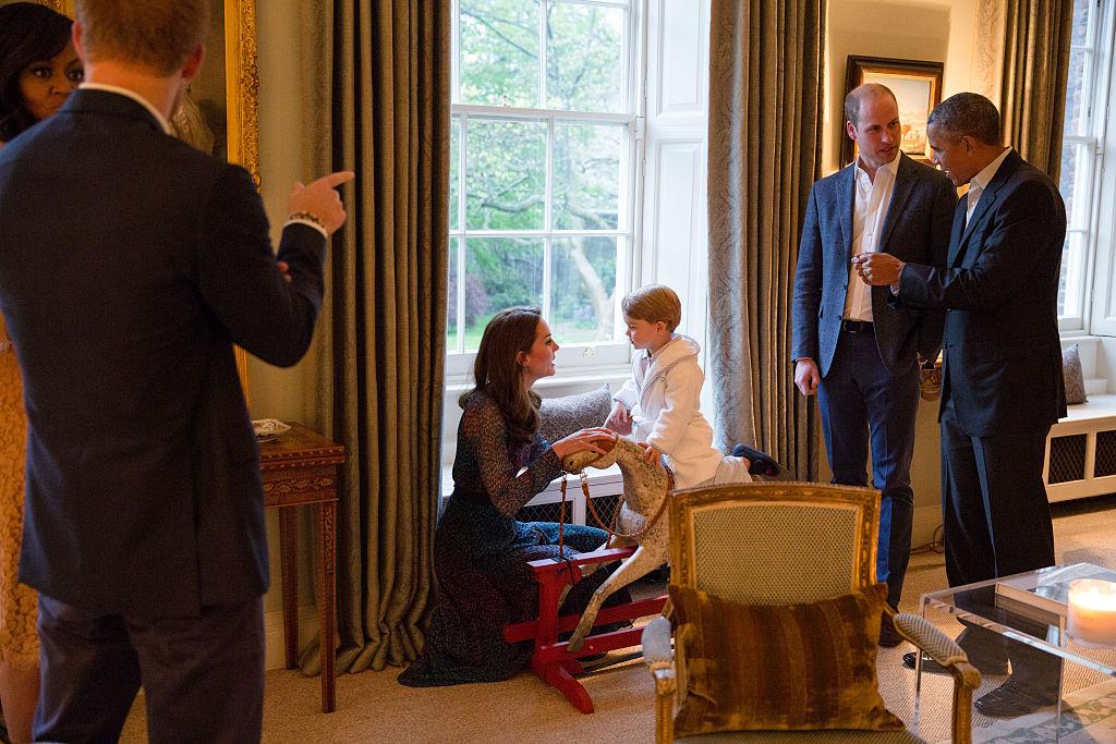 Kate Middleton Leans Down Talks to Prince George Bathroom Kensington Palace Hosting Obamas