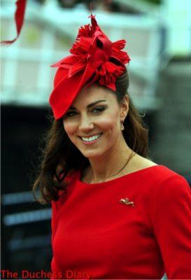 duchess cambridge thames river pageant London 2012