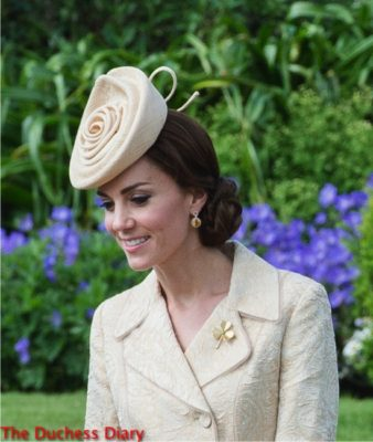 duchess of cambridge shamrock brooch lock and co hat norther ireland.