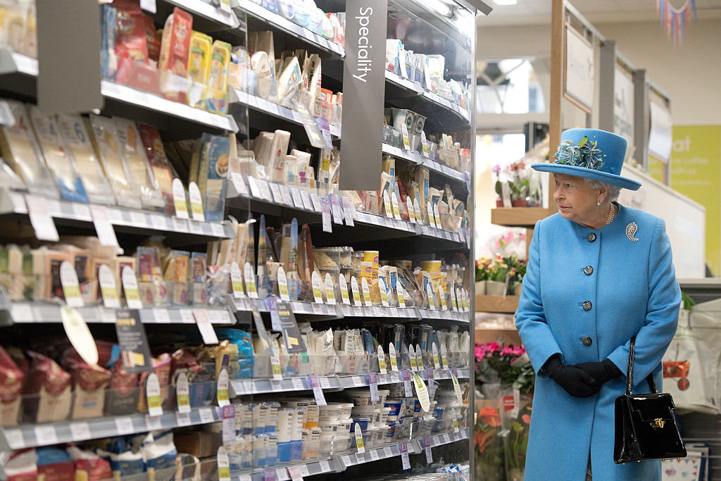 Queen Elizabeth Blue Outfit Grocery Story Poundbury 2016