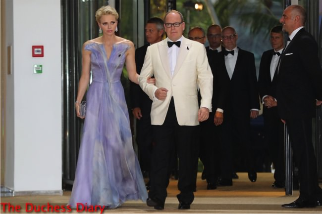 princess charlene valentino lilac dress arm in arm prince albert red cross gala