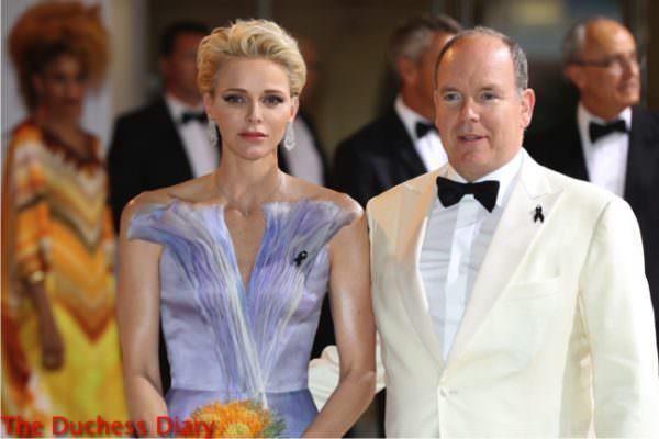 princess charlene valentino gown prince albert red cross gala 2016
