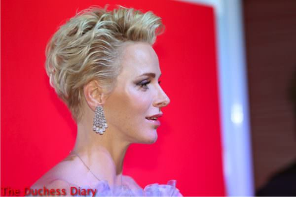 princess charlene side profile chandelier earrings 2016 red cross gal