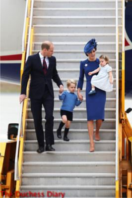 prince george holds hands parents deplanes victoria canada royal tour