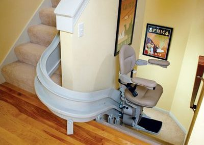 stair-lift-curved-180