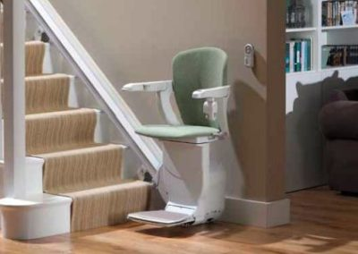 stair-lift-curved-chair
