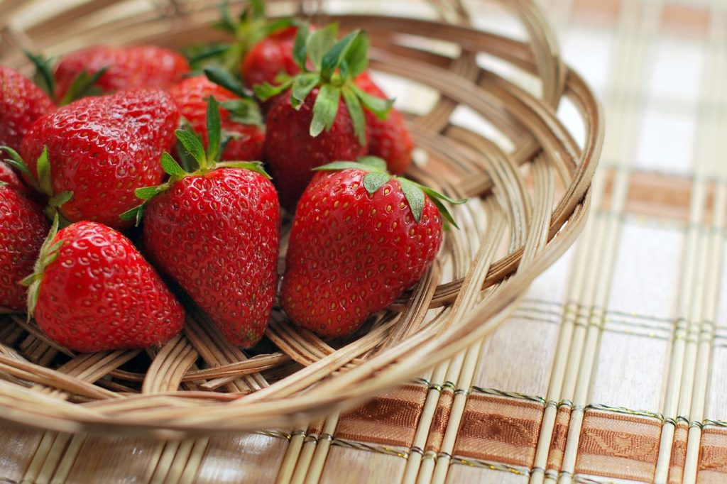 How to ship strawberries