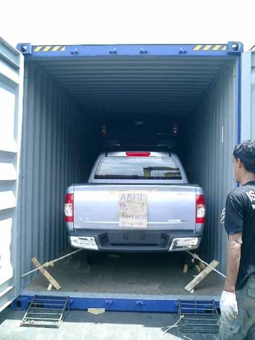 shipping a car abroad