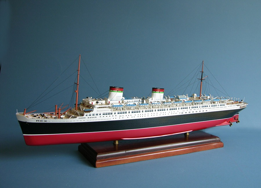 Shipping Model Ships