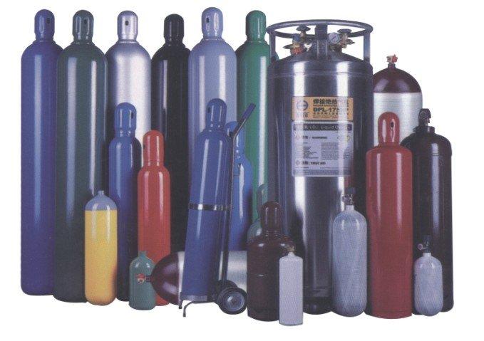 https://secureservercdn.net/166.62.108.196/878.85f.myftpupload.com/wp-content/uploads/2015/03/Ship-Empty-Gas-Cylinders.jpg