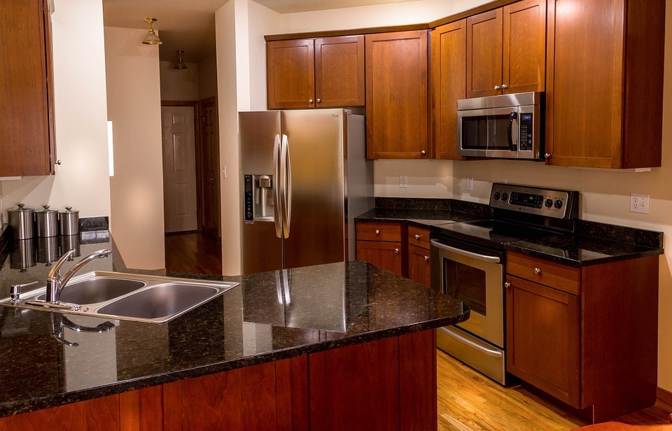 Packing a Kitchen for Moving