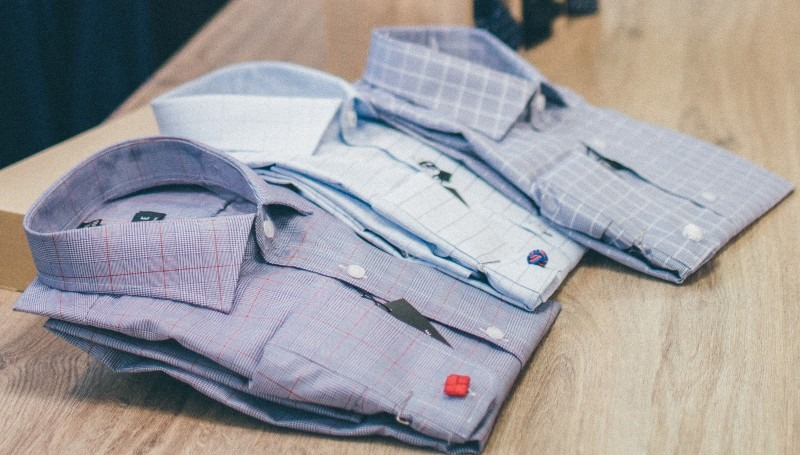 How to pack and ship dress shirts