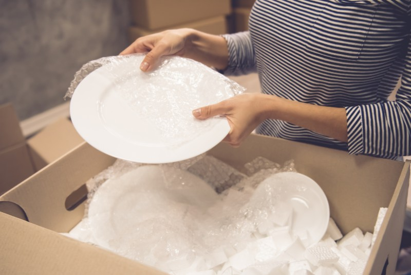 How to ship China plates