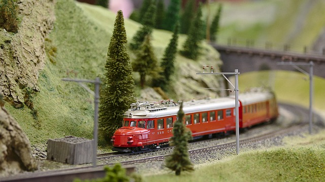 How to Ship Model Trains