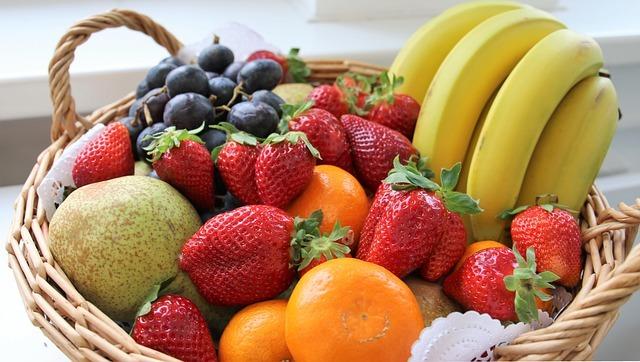 How to Ship a Fresh Fruit Basket