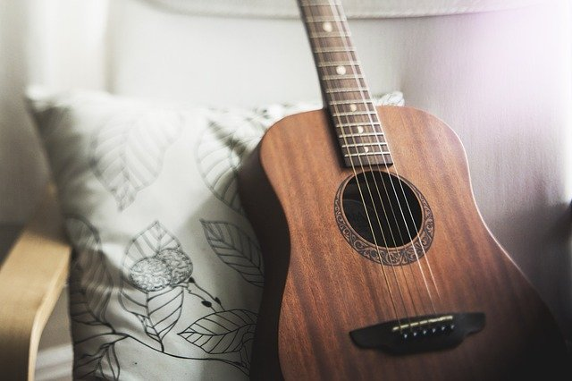 How to Ship a Guitar