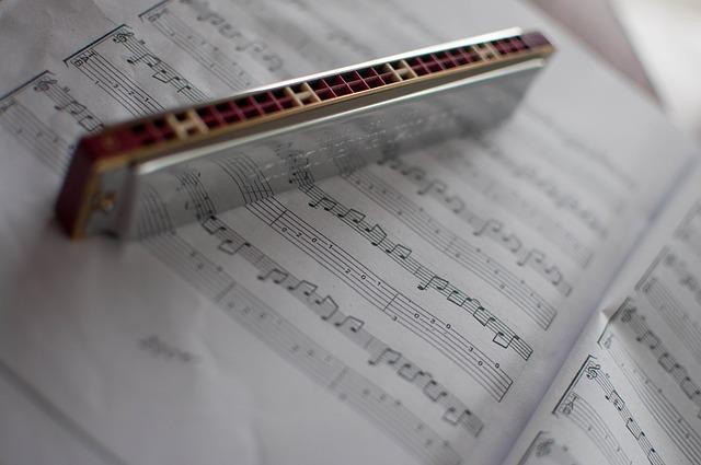 How to Ship a Harmonica