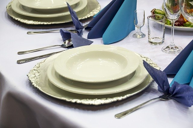 How to Ship a Set of Dishes