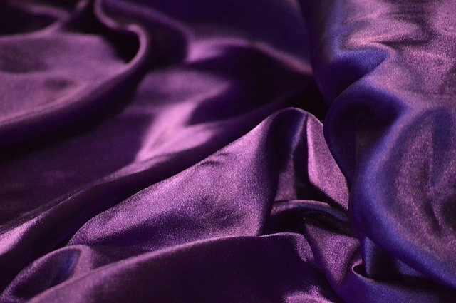guide to shipping silk fabric