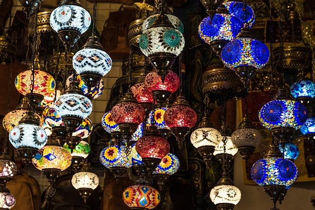 shipping lanterns