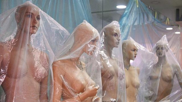 ship mannequins