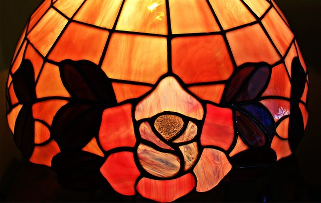 shipping a Tiffany lamp