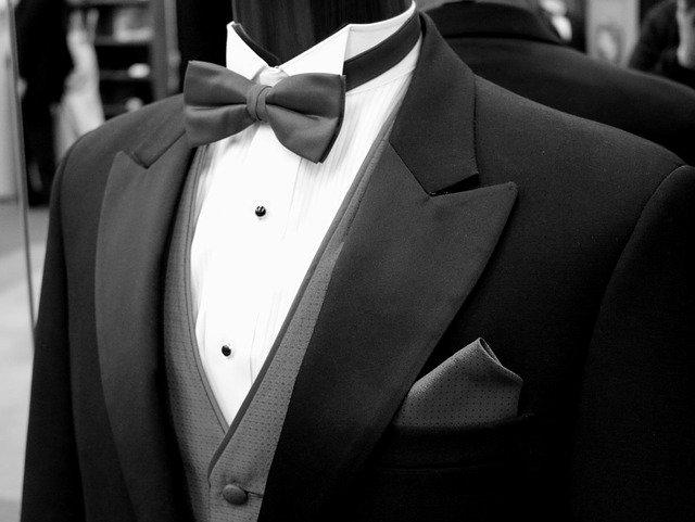 shipping a tuxedo