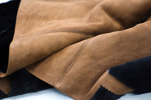 shipping leather clothing