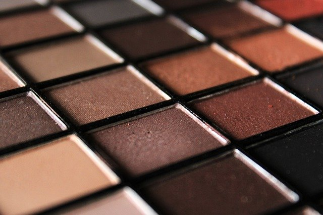 shipping mineral makeup