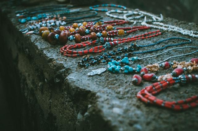 shipping bead jewelry