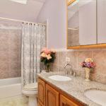 5009 North Meade Avenue, Chicago, IL 60630 - Jefferson Park - Bathroom