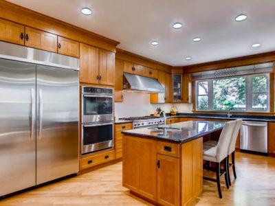 Rogers Park - 1505 West Juneway Terrace, Chicago, IL 60626 - Kitchen
