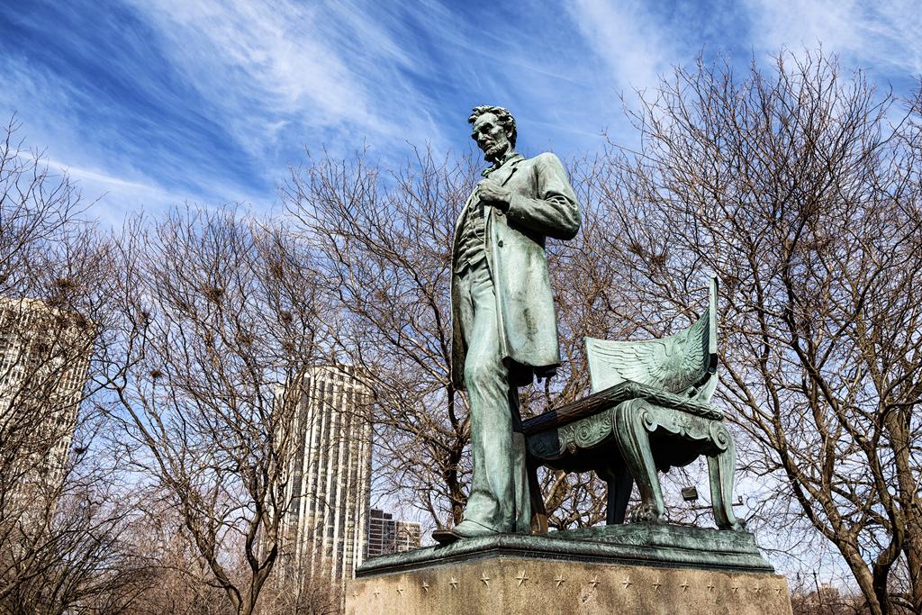 Lincoln Statue in Lincoln Park