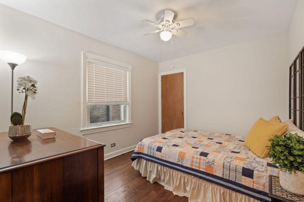 West Ridge - 2832 West Jerome Street, Chicago, IL 60645 - Bedroom
