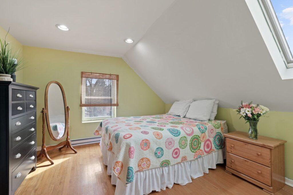 West Ridge - 2832 West Jerome Street, Chicago, IL 60645 - Master Bedroom