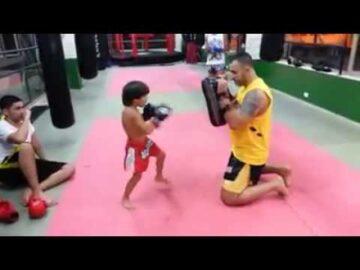 Muay thai kid