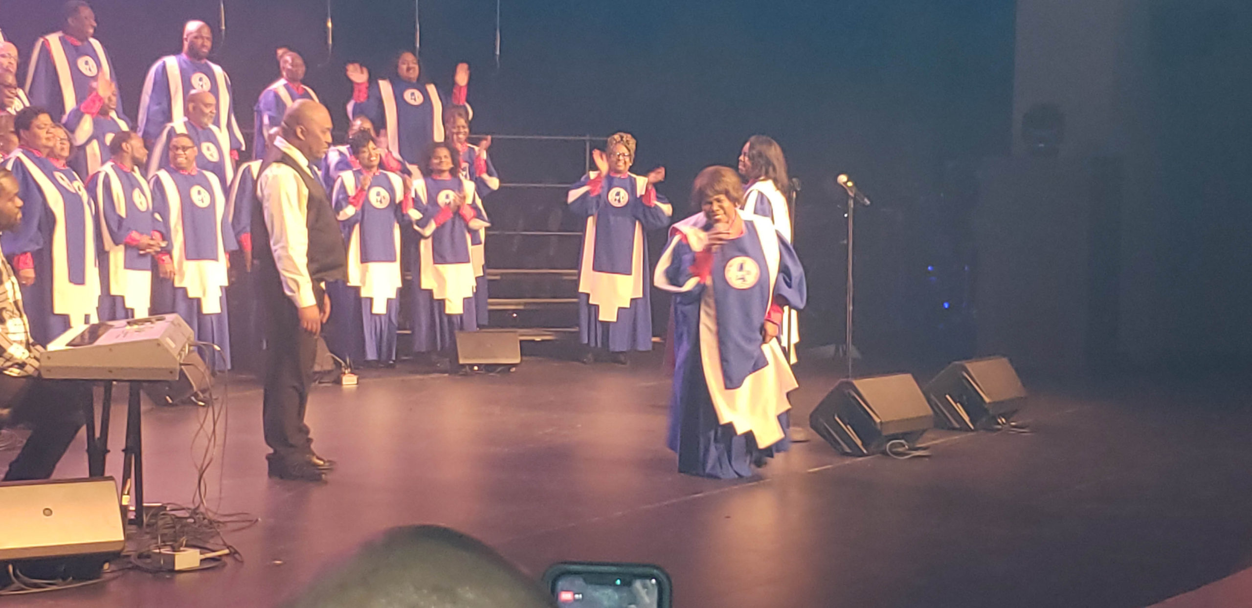 Mississippi Mass Choir in action!